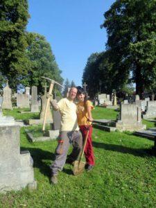 POVOLÁNÍ : Hrobník